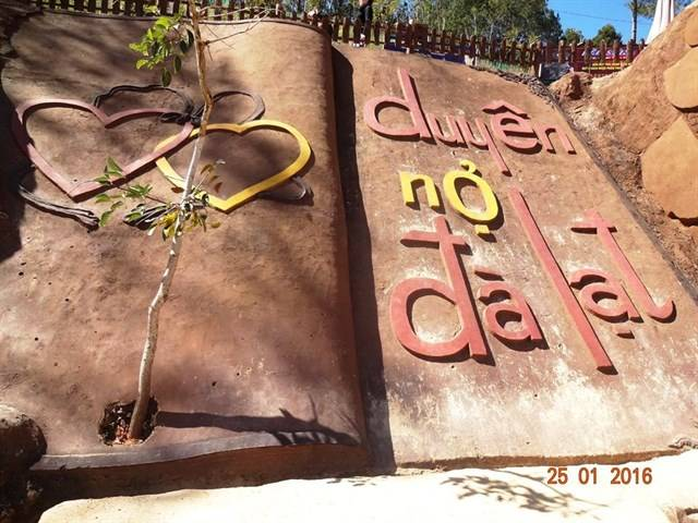 diadiemanuong-com-chuyen-phuot-tour-bang-xe-may-5-ngay-4-dem-cua-couple-chi-2tr680k5e5e38d1635901049015136974