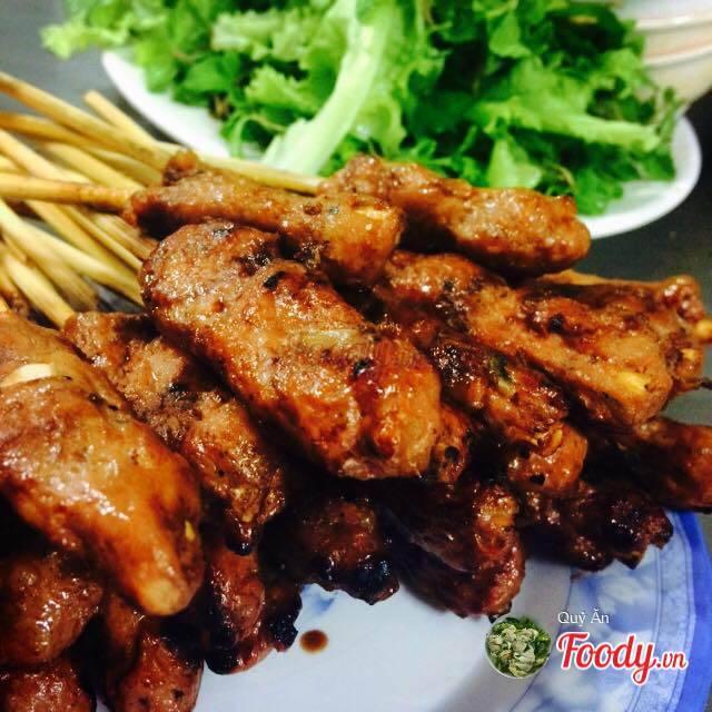 foody-bun-thit-nuong-ba-trai-dong-da-404-635774414667495422