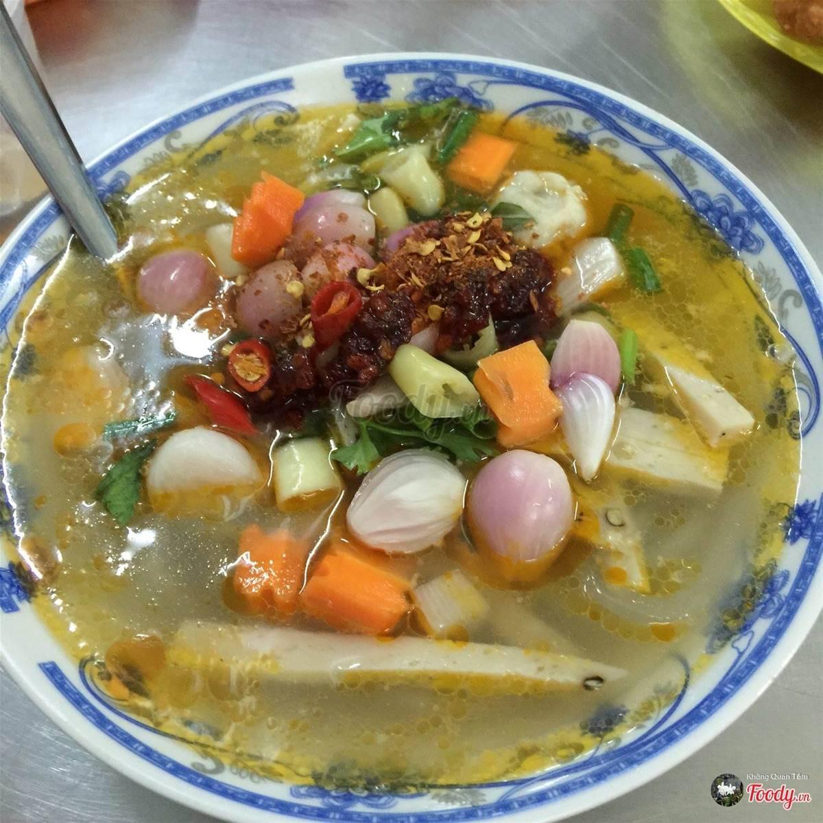 foody-nga-banh-canh-cha-ca-168-635697120995100050
