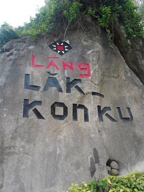 khai-truong-ngoi-lang-du-lich-lak-kon-ku-o-khanh-hoa1