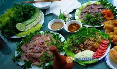 thumb_392_1477728784_diem_danh_nhung_mon_an_ngon_kho_cuong_tai_da_nang_04