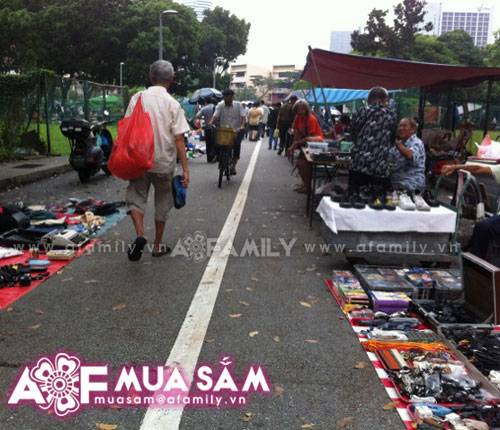 gia-dong-ho-tai-singapore-110515afamilymsdodep1102