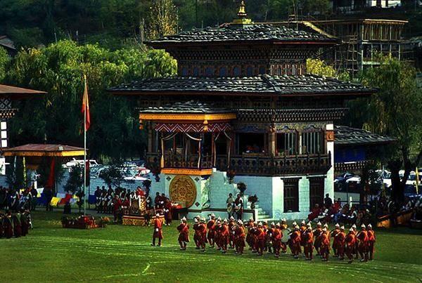 tim-hieu-dat-nuoc-bhutan-8