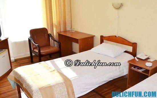 du-lich-nga-tu-tuc-a-hotel-amur-bay-nha-nghi-khach-san-dep-gia-re-o-nga