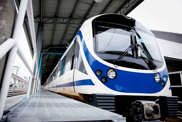 du-lich-thai-lan-tu-tuc-2017-airport-rail-link