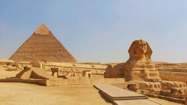 ben-trong-kim-tu-thap-co-gi-architecturegizapyramidandsphinxwallpaper