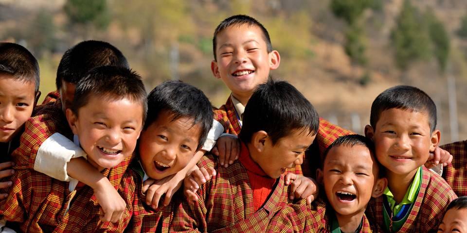 bhutan-hanh-phuc-nhat-the-gioi-bhutan-smile-worldkings