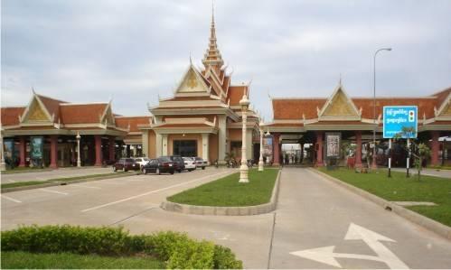 phuot-thai-lan-bang-xe-may-cambodia-cua-khau-bavet