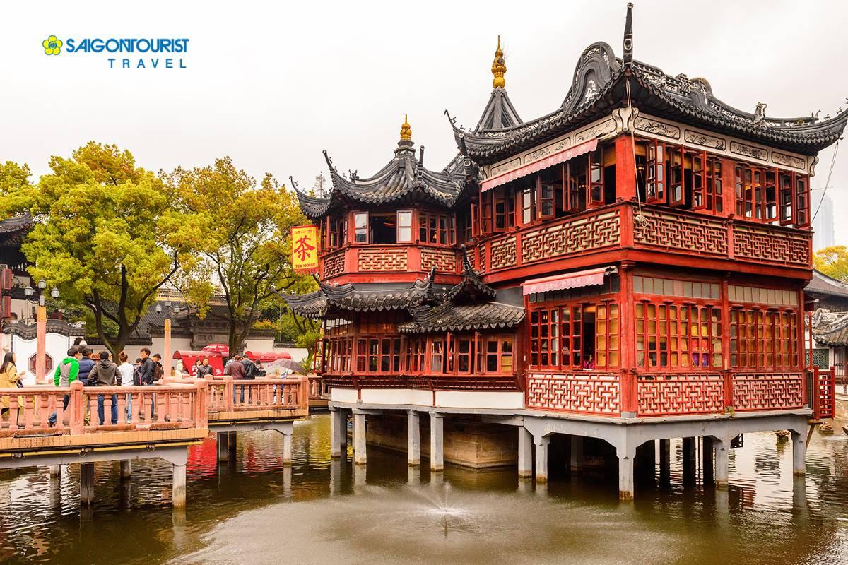 du-lich-bac-kinh-trung-quoc-chenghuang-miao-mieu-thanh-hoang-thuong-hai-403774252