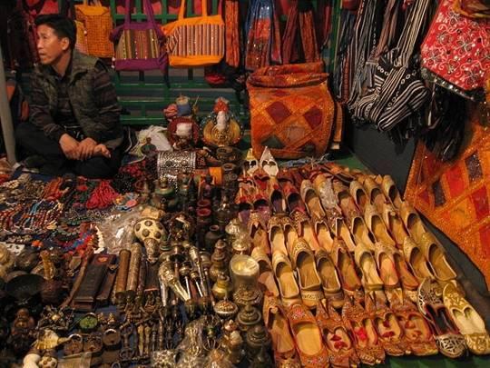 cam-nang-du-lich-hong-kong-cho-dem-temple-street-market-hong-kong