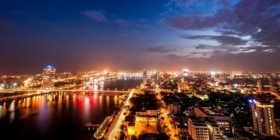 da-nang-by-night-e1438091601136