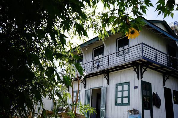 danh-sach-mot-loat-homestay-moi-toanh-o-da-lat-de-di-dan-trong-nam-2017-ivivu-25