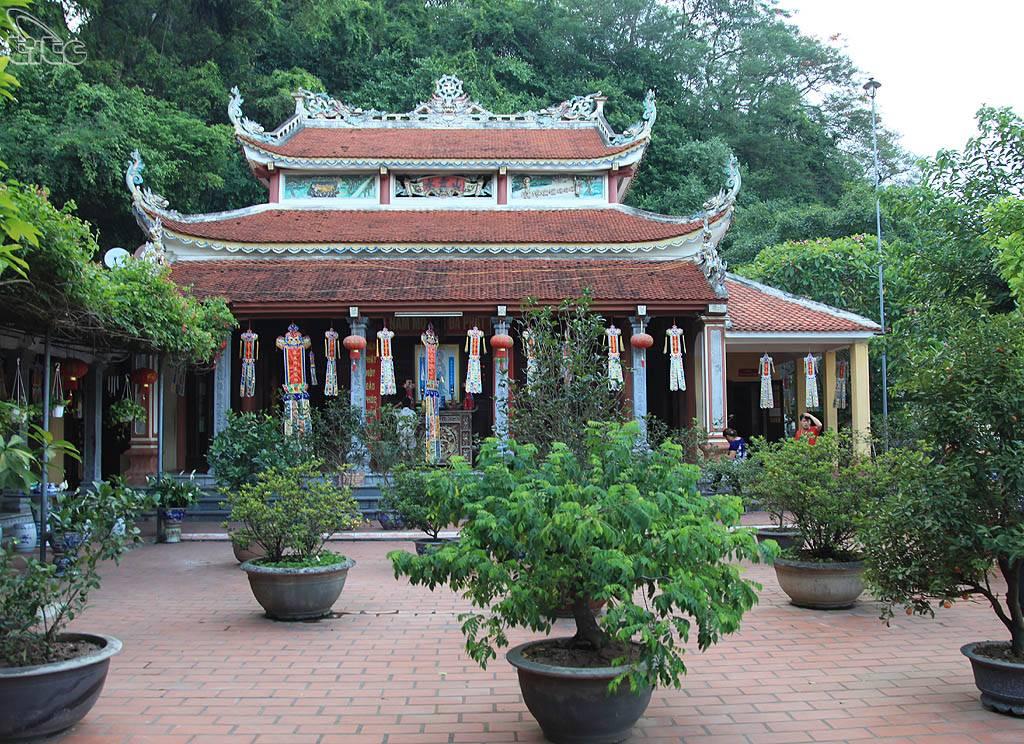 den-tho-truong-han-sieu