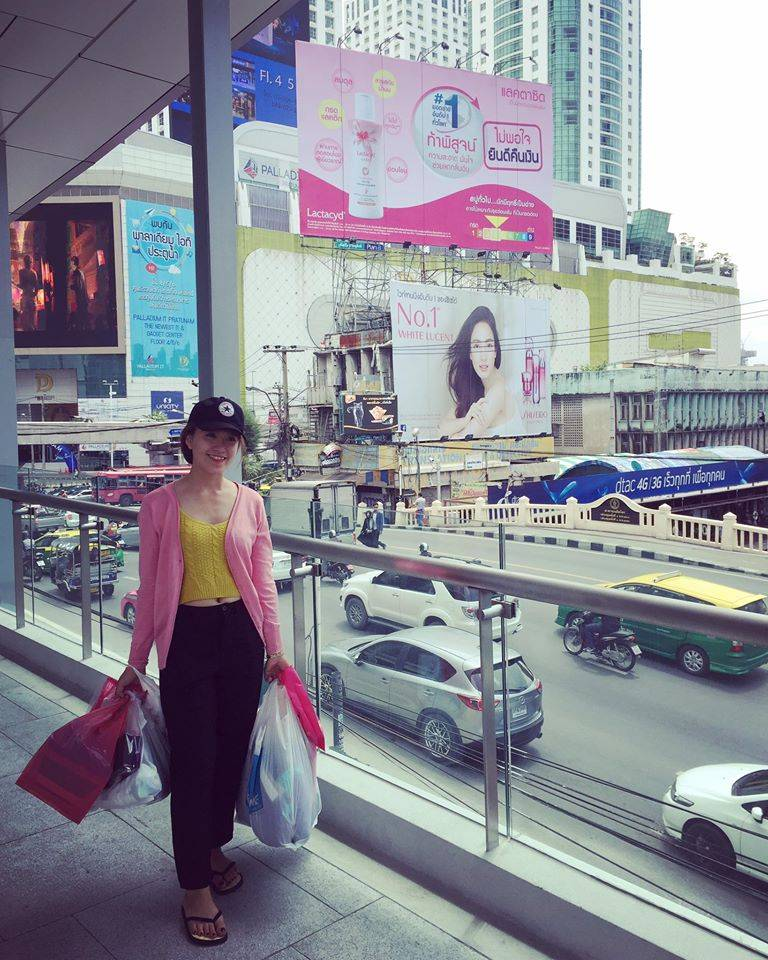 kinh-nghiem-du-lich-thai-lan-facebook-du-lich-thai-lan-shopping
