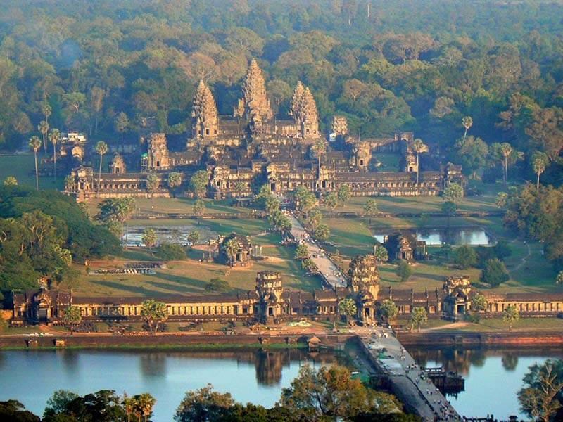 du-lich-campuchia-bui-du-lich-tu-tuc-cambodia-gia-re-02