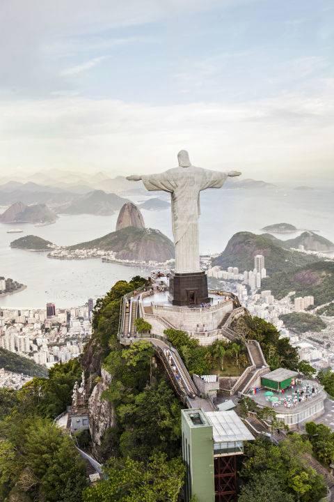 dia-diem-du-lich-o-brazil-gettyimages-161356173