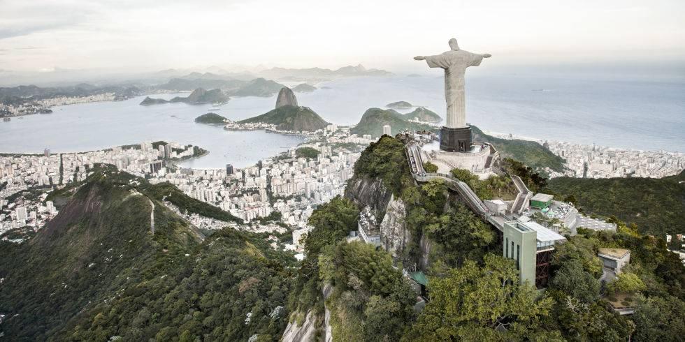 dia-diem-du-lich-o-brazil-gettyimages-161356247
