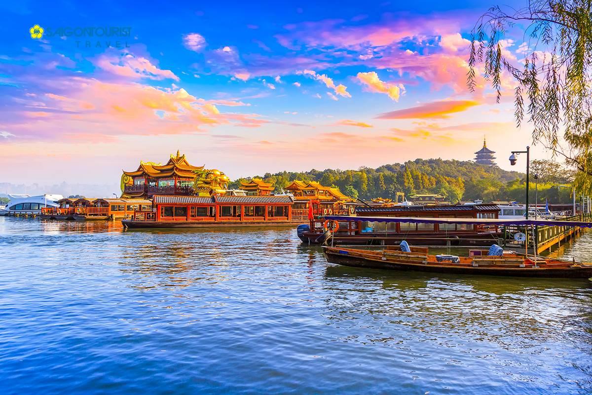 du-lich-trung-quoc-bac-kinh-thuong-hai-hangzhou-west-lake-584998063