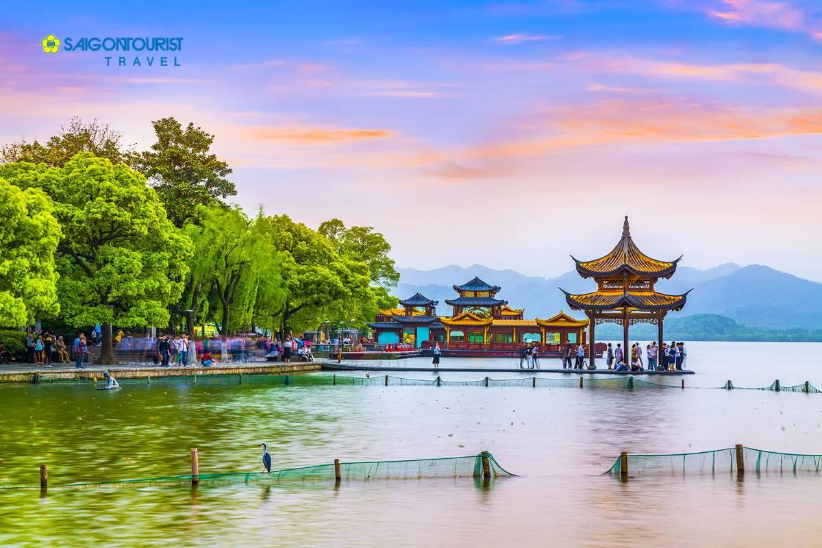 du-lich-bac-kinh-trung-quoc-hangzhou-west-lake-626868029