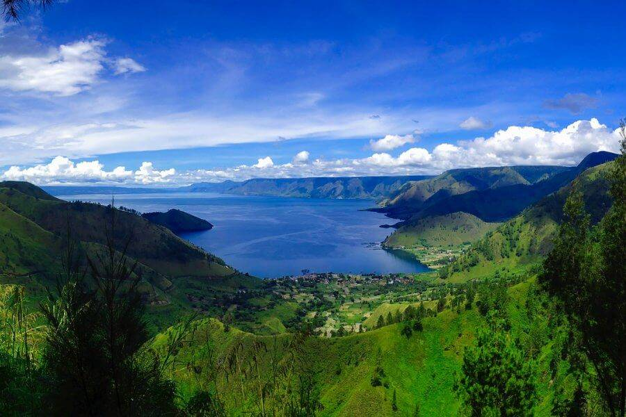 co-nen-di-du-lich-indonesia-ho-toba-indonesia