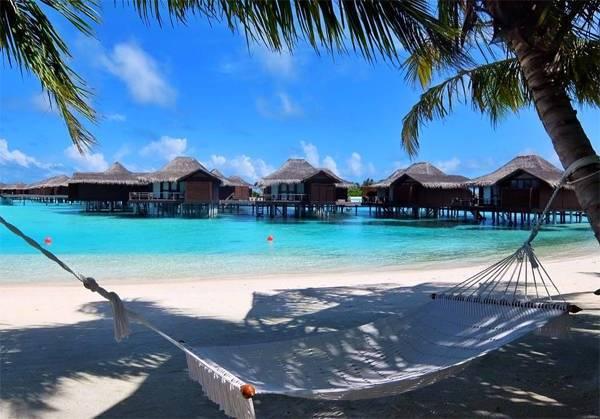 di-maldives-mua-nao-dep-nhat-kinh-nghiem-cho-nguoi-di-maldives-theo-kieu-bui-ivivu-1
