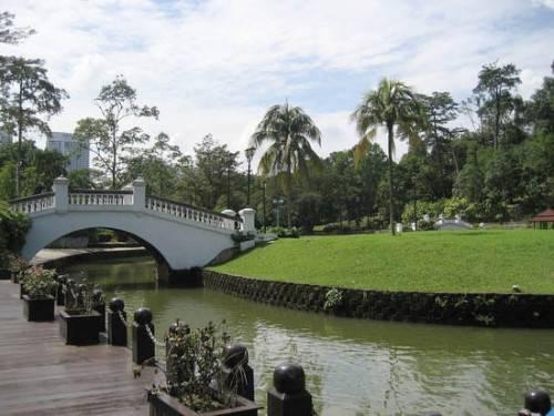 dia-diem-du-lich-malaysia-lake-garden-500x375