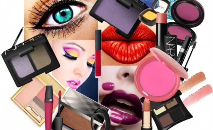 di-singapore-nen-mua-my-pham-gi-makeup-770x470-710x434