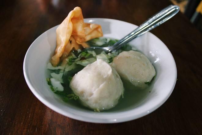 chi-phi-du-lich-indonesia-mon-bakso