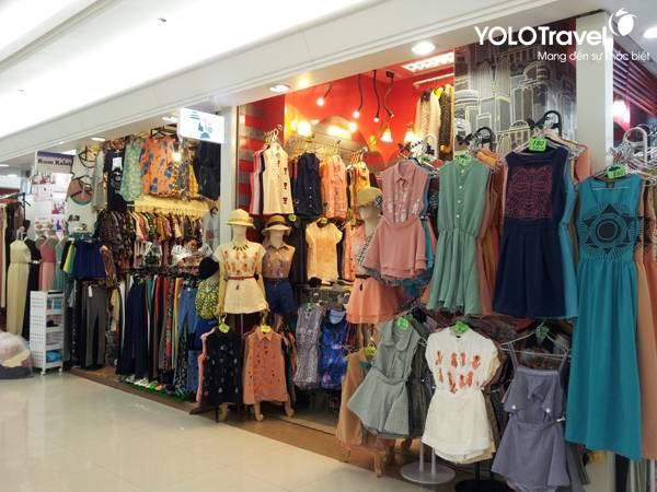 mua-vali-ben-thai-mua-sam-tai-platium-mall-bangkok57a9363d30187