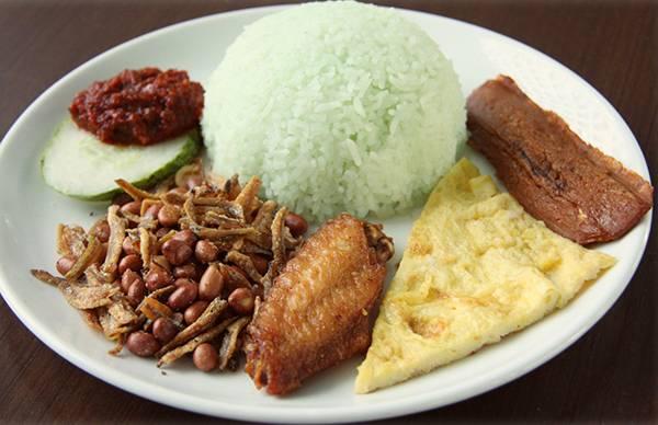du-lich-malaysia-tu-tuc-nasi-lemak-mon-an-beo-ngay-02