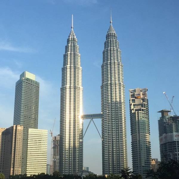 kinh-nghiem-phuot-malaysia-petronas2