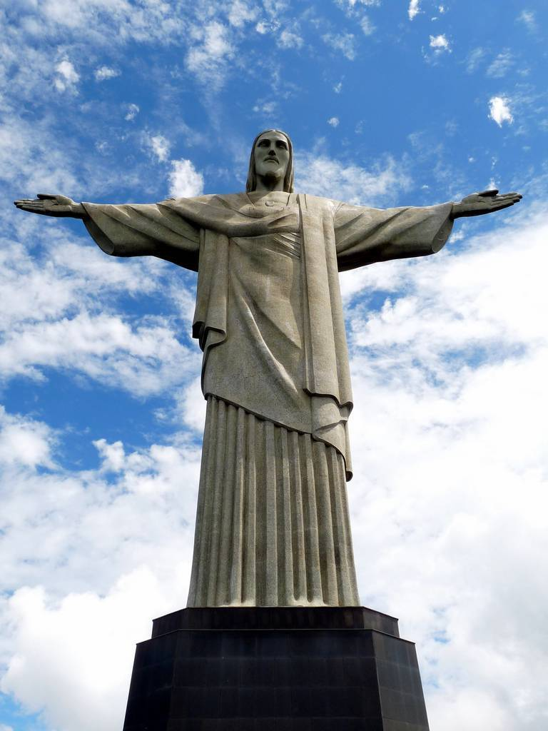tuong-chua-lon-nhat-the-gioi-tallest-biggest-statue-of-jesus-in-the-world-17