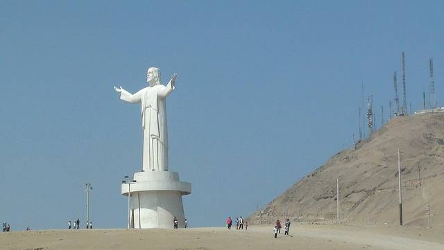tuong-chua-lon-nhat-the-gioi-tallest-biggest-statue-of-jesus-in-the-world-27