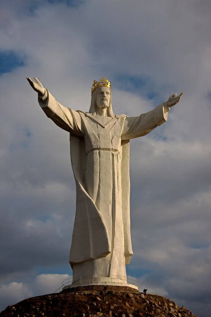 tuong-chua-lon-nhat-the-gioi-tallest-biggest-statue-of-jesus-in-the-world-28