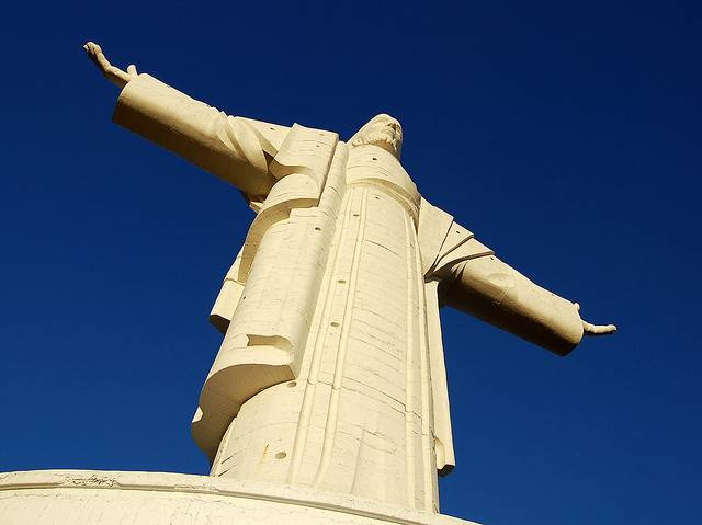 tuong-chua-lon-nhat-the-gioi-tallest-biggest-statue-of-jesus-in-the-world-35