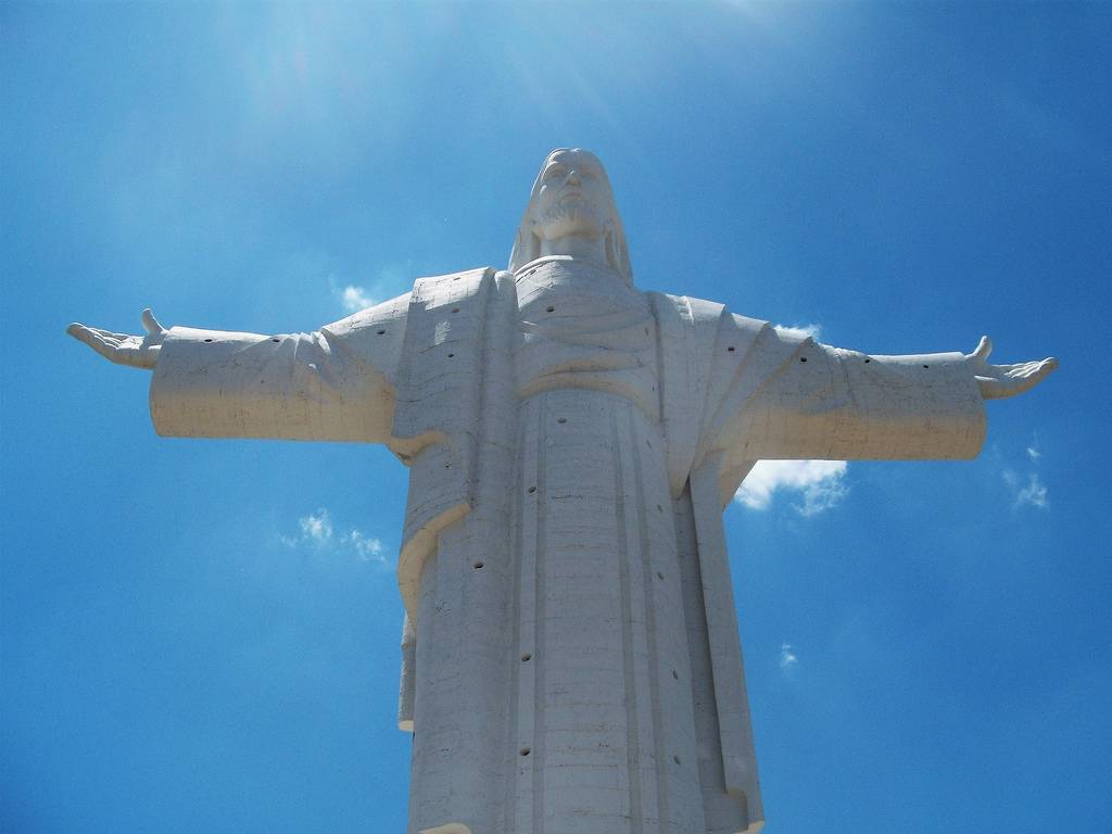tuong-chua-lon-nhat-the-gioi-tallest-biggest-statue-of-jesus-in-the-world-37