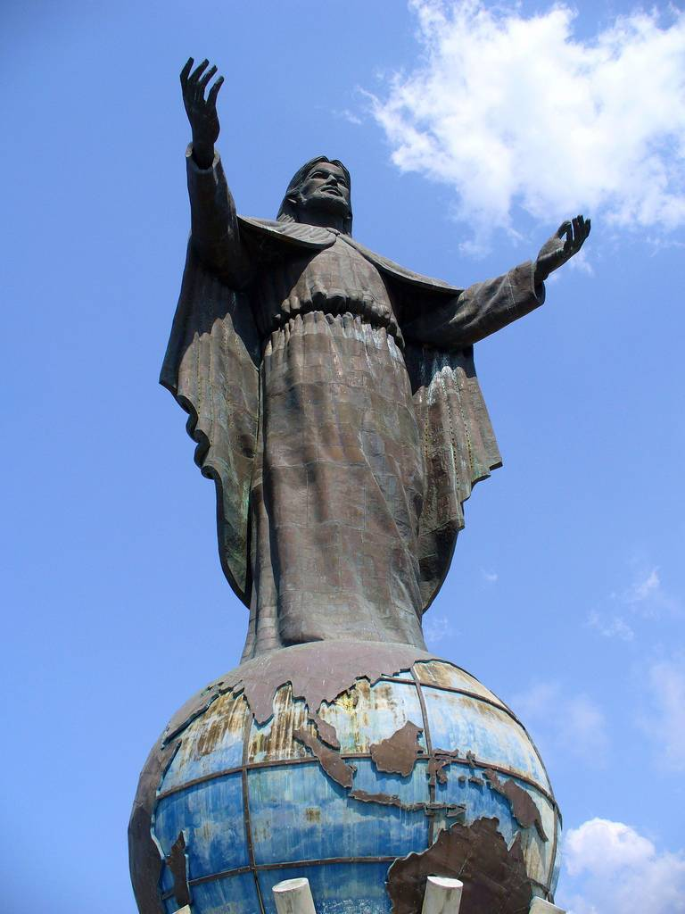 tuong-chua-lon-nhat-the-gioi-tallest-biggest-statue-of-jesus-in-the-world-42