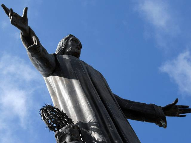 tuong-chua-lon-nhat-the-gioi-tallest-biggest-statue-of-jesus-in-the-world-46