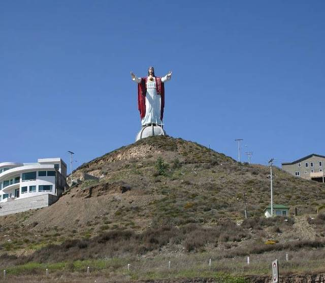 tuong-chua-lon-nhat-the-gioi-tallest-biggest-statue-of-jesus-in-the-world-51