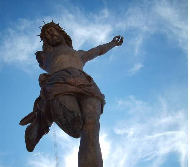 tuong-chua-lon-nhat-the-gioi-tallest-biggest-statue-of-jesus-in-the-world-57