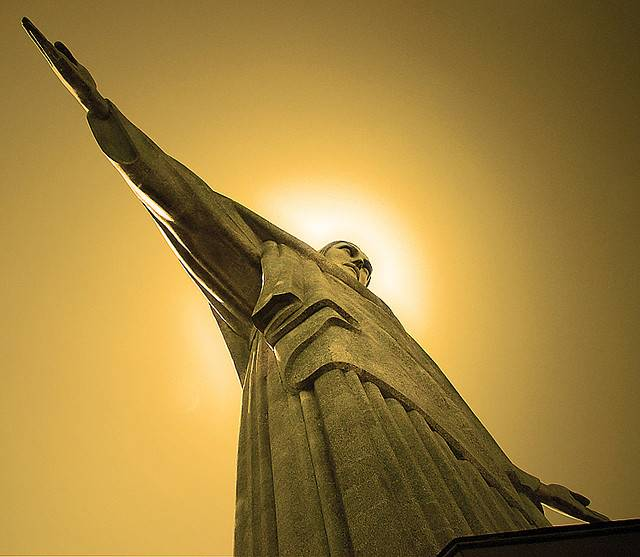 tuong-chua-lon-nhat-the-gioi-tallest-biggest-statue-of-jesus-in-the-world-64