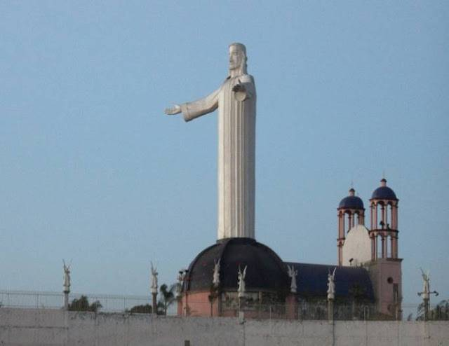 tuong-chua-lon-nhat-the-gioi-tallest-biggest-statue-of-jesus-in-the-world-67