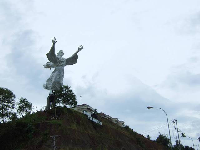 tuong-chua-lon-nhat-the-gioi-tallest-biggest-statue-of-jesus-in-the-world-9