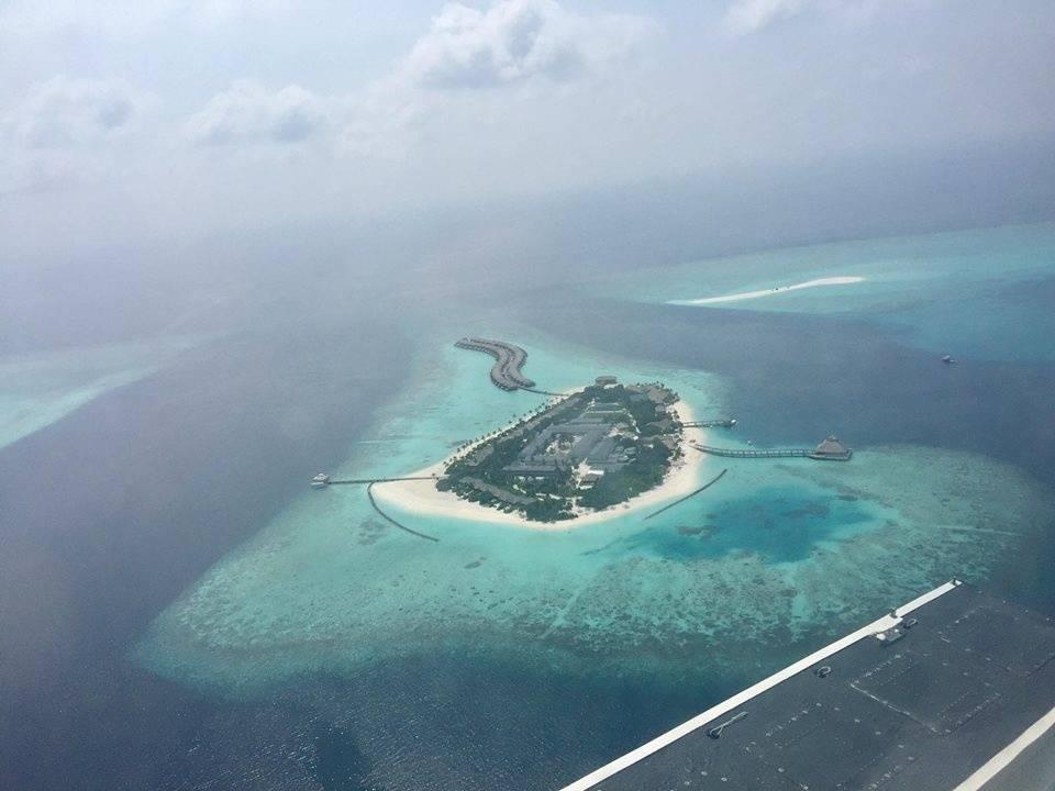 du-lich-maldives-tu-tuc-tat-tan-tat-ve-chuyen-di-maldives-tu-tuc-sang-chanh-cua-cap-doi-xu-lang-10