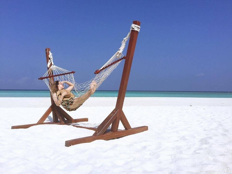 du-lich-maldives-tu-tuc-tat-tan-tat-ve-chuyen-di-maldives-tu-tuc-sang-chanh-cua-cap-doi-xu-lang-12