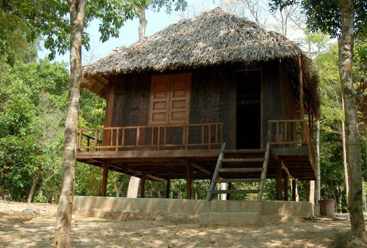 thac-mai-dong-nai-thac-mai-bau-nuoc-soi-994