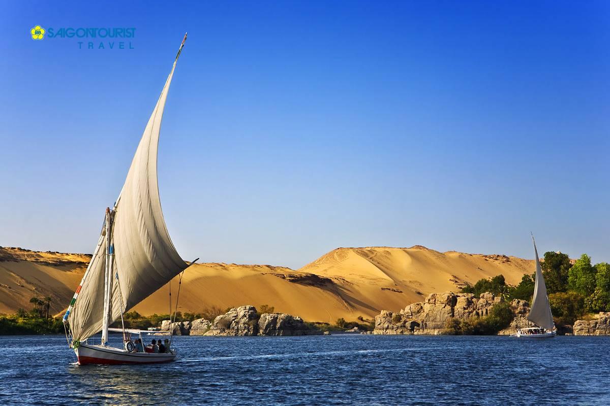 du-lich-ai-cap-the-nile-at-aswan-96065345