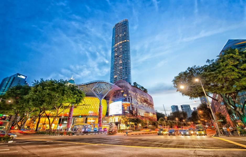 mua-dong-ho-o-singapore-top-10-dia-chi-mua-sam-o-singapore-mua-sale-off-ban-nen-ghi-nho-ivivu-3