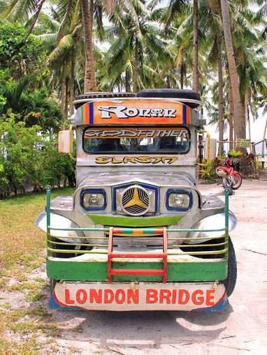 du-lich-philippines-co-an-toan-travel-philippines-colorful-jeepney-philippines-sabrina-iovino-via-just1wayticket
