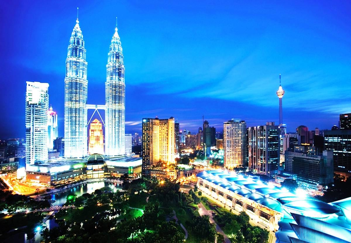 du-lich-malaysia-bao-nhieu-tien-ve-may-bay-di-malaysia